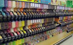So pretty as an inspiration for my kids church lobby! Candy Store Design, Candy Store Display, Store Displays, Food Displays, Kids Church Decor, Church Ideas, Bulk Store, Grocery Store, Butcher Store