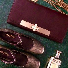 Sac Aréna Prune et Chaussure Copy or Parfum : Acqua Di Genova gold Avril Gau, Espadrilles, Chanel, Gold, Shoes, Fashion, Espadrilles Outfit, Moda, Zapatos