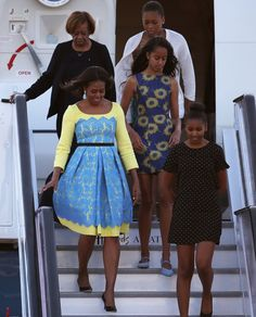 13 Halloween Costumes For Girl Groups With Crazy-Good Style Michelle, Sasha, and Malia Obama
