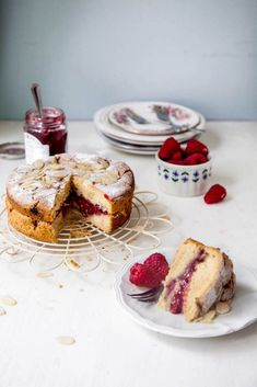 Today we're sharing a recipe for this totally scrumptious Raspberry Bakewell Cake, with fresh raspberries, ground almonds and almond extract for a classic bakewell flavour. Baking Recipes, Cake Recipes, Vegan Recipes, Dessert Recipes, Bakewell Cake, Muffins, Great British Bake Off, Vegan Treats, Vegan Food