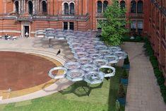 Elytra Filament Pavilion Explores Biomimicry at London's Victoria and Albert Museum,© NAARO via the V&A