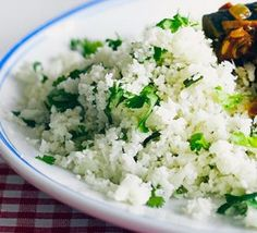 What's the best way to cook cauliflower rice? Save yourself a few hundred calories in your weeknight meals by getting to grips with low-carb, cauliflower rice. Our cookery team test and rate three cooking methods and share their top tips for preparing and Bbc Good Food Recipes, Low Carb Recipes, Vegetarian Recipes, Cooking Recipes, Healthy Recipes, Clean Recipes, Ways To Cook Cauliflower, Cauliflower Recipes, Cauliflower Rice Microwave