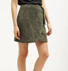 Bik Bok ANIDA Spódnica khaki zamszowa skórzana green Skirts, Fashion, Moda, Fashion Styles, Fasion, Fashion Illustrations, Skirt, La Mode, Skirt Outfits