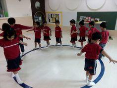 Montessori módszerek:  Séta-a-vonalon