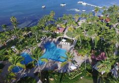 Puerto Rico has a number of family resorts with all-inclusive packages. Resorts include El Conquistador, Wyndham Grand Rio Mar Beach Resort, and Copamarina. All Inclusive Packages, All Inclusive Vacations, Vacation Destinations, Vacation Ideas, Caribbean Beach Resort, Beach Resorts, Vow Renewal Beach, Family Resorts, Family Vacations