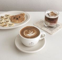 """MIOpic on Twitter: """"… """" Cream Aesthetic, Aesthetic Food, Korean Cafe, Brown Cafe, Cute Desserts, Cafe Food, Food And Drink, Yummy Food, Snacks"""