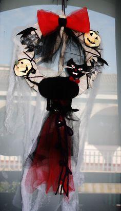 black cat crown, corona gatto nero, l'ho fatta sempre con cose che avevo in casa 100 % riciclato