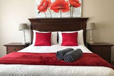 Forever Clarens Self-Catering Units - Accommodation in Clarens. Clarens Self Catering Apartment, Flatlet, Northern & Eastern Free State, Free State, South Africa Queen Room, Queen Beds, Sleeper Couch, Free State, Queen Size Bedding, Common Area, Lounge Areas, Maine House, Double Beds