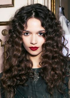 These natural bohemian curls are so gorgeous
