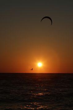 Front row tickets for sunset. #KiteSurfing #Riding #SummerofDoing