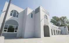 Place of peace: Largest mosque in B. opening in Delta - Surrey News Religious Architecture, Surrey, Mosque, British Columbia, Mansions, House Styles, Places, Outdoor Decor, Design