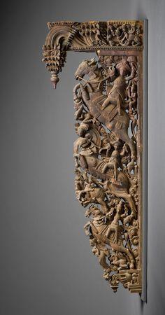 arjuna-vallabha: Carved wood bracket, southern India Amazing!