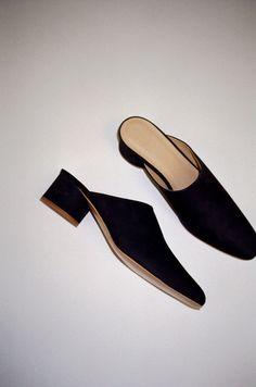 f0b707131c 123 Best Mid heel sandals shoes images