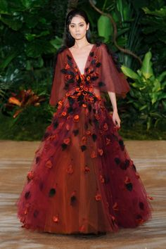 What: Christian Siriano Fall 2015 RTW Who Should Wear It: Helen Mirren