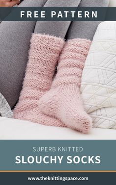 These superb knitted slouchy socks will make you feel like you are walking on clouds! Easy Knitting Projects, Knitting Tutorials, Knitting Ideas, Crochet Projects, Knit Or Crochet, Crochet Socks, Knit Socks, Crochet Granny, Hand Knit Blanket