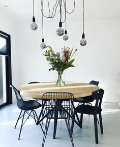 Discover recipes, home ideas, style inspiration and other ideas to try. Deco Studio, Eating Plans, Vegan Recipes Easy, Sweet Home, New Homes, Dining Room, House Design, Interior Design, Decoration