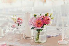 Romantische Scheunenhochzeit – Wedding Shop Love Grows