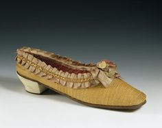 shoes 1860s, Straw plaits, thread and splints lined with silk; leather and linen covered card decoration; hand stitched