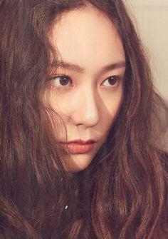 ─[✧]─ pιɴтereѕт: мrѕprwɴĸle Krystal Sulli, Jessica & Krystal, Krystal Jung, Jessica Jung, Stunning Women, Beautiful, Photoshop Pics, Rhythm And Blues, Woman Crush