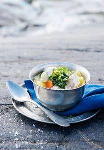 Siikakeitto ja yrttiöljy |K-Ruoka #kala Kala, Tea Cups, Tableware, Kitchen, Dinnerware, Cooking, Tablewares, Kitchens, Dishes