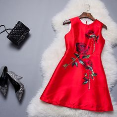 2015 European And American Ladies Rose Print Vest Dress The Bride Toast Clothing Bridesmaid Dress Short Paragraph Red Dress --168