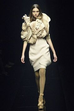 Givenchy Fall 2006 Couture Fashion Show - Drielle Valeretto (NATHALIE)