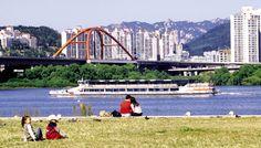 유람선과 한강공원