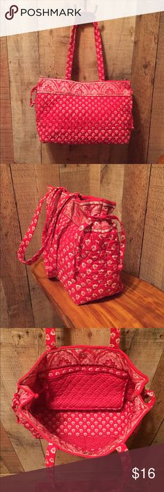 "VERA BRADLEY Tote EUC Nantucket Red pattern on a double strap tote.  1 interior zip pocket and 2 slip pockets.  Removable hard insert bottom, side ties and snap closure.  9.5"" tall x 15"" wide x 5"" deep with a strap drop of 10"".  The interior is extremely clean, one side of the exterior looks as if the red color bleed onto the white designs (see pic 4).  I thought my eyes were messing with me for a moment 😜 Vera Bradley Bags Totes"