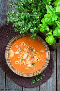 Zupa pomidorowa z mielonym mięsem