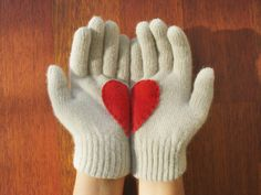 love gloves (i clearly have a thing for hearts...)