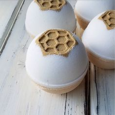 """Shayna 🐾 on Instagram: """"These delectable Honeycomb Bath Bombs are available in my online shop! Made with the new raw honeycomb fragrance from @brambleberry s Lush…"""""""