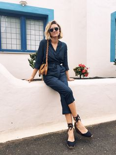 Go espadrillas! Chic Chic, Look Chic, French Fashion, Look Fashion, Girl Fashion, Fashion Outfits, Net Fashion, Espadrilles Outfit, Style Simple