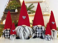 Home Decor Christmas Gifts, Magical Christmas, Christmas Crafts, Christmas Ornaments, Holiday Gifts, Scandinavian Christmas, Outdoor Christmas, Homemade Christmas, Buffalo Check Christmas Decor