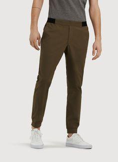 Men's Pants and Shorts: Joggers, Chinos, Dress Pants & More | Kit and Ace