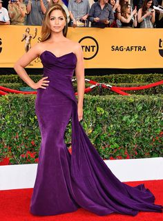 Camila Alves in Donna Karan Atelier and Martin Katz earrings SAG Awards Fashion—Live from the Red Carpet – Vogue