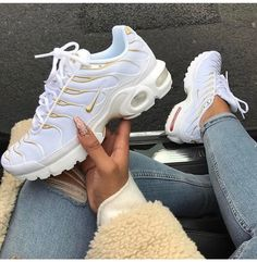 Top 10 Dashing Nike Air Max Plus Sneakers - Page 3 of 10 - WassupKicks Nike Air Max Plus, Tenis Nike Air Max, Nike Air Max Tn, Nike Air Max Shoes, Nike Air Max White, Nike Max, Nike Shoes Outlet, Cute Shoes, Me Too Shoes