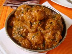 Chicken Roast is an item found in the menu of a kerala restaurant anywhere. Even though the name chicken roast is used all through Kerala, the method of preparation varies in each district. This is Kottayam style chicken roast is a spicy treat for any winter evening.