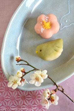 梅にうぐいす 練りきり  Homemade Nerikiri (Japanese cakes) : お茶の時間にしましょうか-キャロ&ローラのちいさなまいにち- Caroline & Laura's tea break
