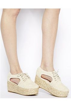 40 Sandles Shoes That Look Fantastic - New Shoes Styles & Design Spring Shoes, Summer Shoes, Summer Sandals, Pretty Shoes, Cute Shoes, High Heel Boots, Shoe Boots, Punk Boots, Baskets