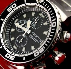 In this photo gallery, wonderful dive watch designs and ideas with you. Dive watches generally have the same properties.