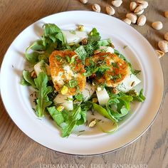 Edels Mat & Vin: Halloumisalat med honningmelon ♫♪ Cobb Salad, Food, Essen, Meals, Yemek, Eten