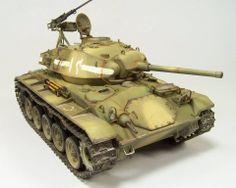 Bronco M-24 Chaffee #35069 1/35 scale
