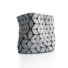 Point And Line Cuff Gray