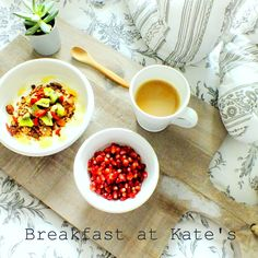 kate&plate#stoneware#breakfast#wood#healthy http://www.kateandplate.com/