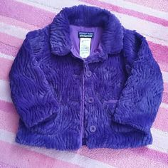 Patagonia faux fur jacket In great condition, for girl 2 year old.. with 2pockets on the front..great for summer or autumn.. warm and cozy..no stain or tears... Patagonia Jackets & Coats