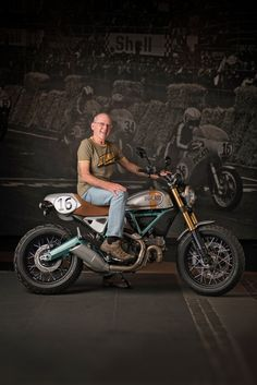 A famous name returns to the Ducati fold: Paul Smart. The legendary English racer has helped design a limited run of 24 Ducati Scramblers, and we want one. Moto Ducati, Ducati Cafe Racer, Cafe Bike, Cafe Racer Motorcycle, Ducati Scrambler Custom, Ducati Motorcycles, British Motorcycles, Vintage Cafe Racer, Ducati Monster