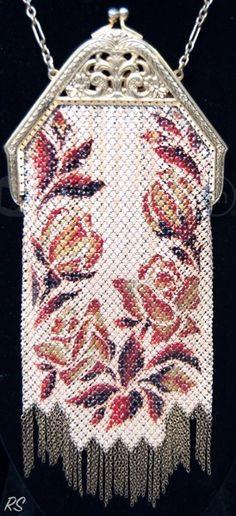 shopgoodwill.com: Vintage Goldtone Coppertone Baroque Mesh Purse Sold for $51