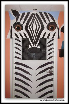 Jungle Animals as Door Decorations in Preschool