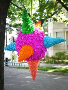 DIY Star Piñata... totally doing this with my kids!!! pinatas are the best party of any birthday party!