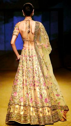 Top 20 latest bridal lehenga designs of 2015 Indian Bridal Wear, Indian Wedding Outfits, Bridal Outfits, Indian Wear, Indian Outfits, Bride Indian, Asian Bridal, Indian Weddings, Wedding Dresses